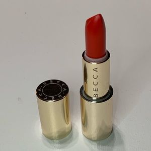 Becca x Khloe ultimate lipstick love in Hot tamale